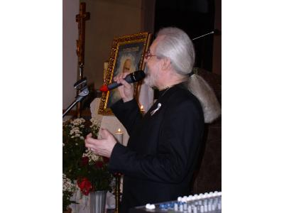 Recital w intencji Ojca Świętego Jana Pawła II w Kościele Garnizonowym w Kielcach - 01-04-2006 r. - kliknij, aby powiększyć