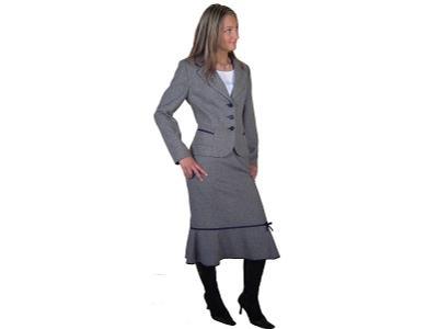 Wyprzedaże odzieży damskiej sprawiają, że możesz nabyć jeszcze więcej produktów za mniej. W naszej ofercie znajdziesz ubrania nie tylko w regularnych cenach. Organizujemy również wyprzedaże odzieży damskiej, dając dostęp do szerokiego asortymentu w znacznie niższych cenach.