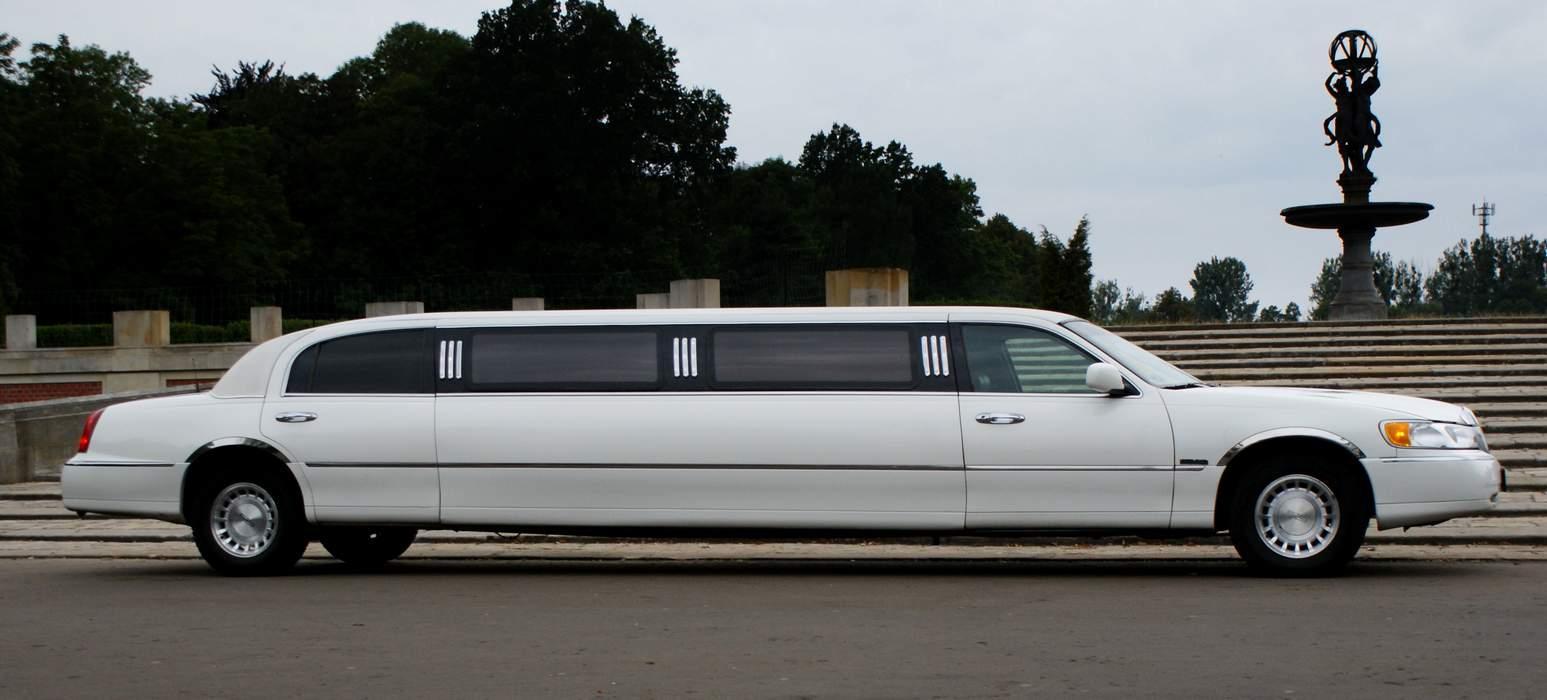 Limuzyna Lincoln Town Car 9 Metr 211 W Katowice śląskie