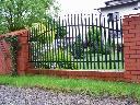 Ogrodzenia, Bramy przesuwne, Sztachety metalowe