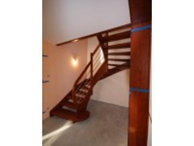 Zlecenia na schody drewniane