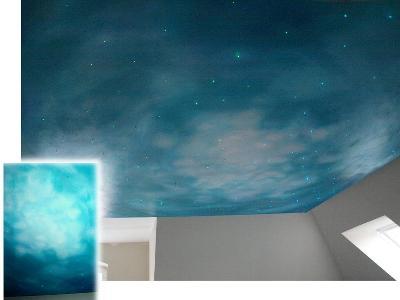 """""""NIEBO"""" Podwieszony sufit 3,00x3,00m. Farba olejna na bezie akrylu. Pomieszczenie: Lazienka - kliknij, aby powiększyć"""