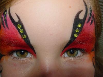Makijaż superbohatera - kliknij, aby powiększyć
