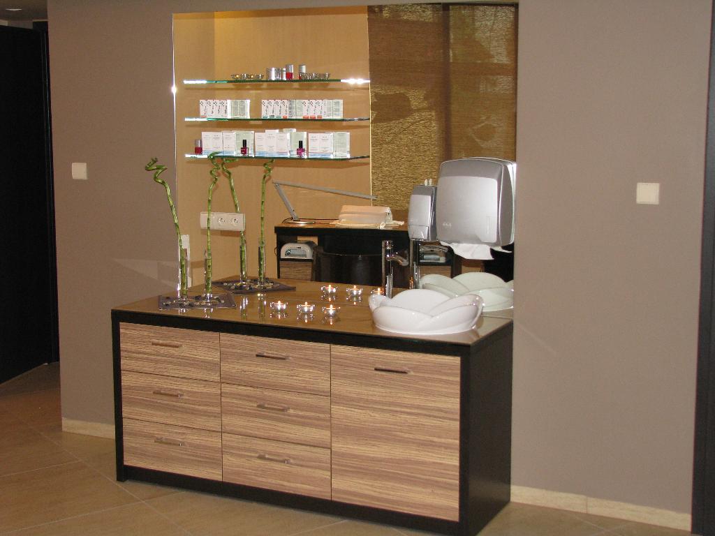 Popularne Obiekty Meble Do Salonu Kosmetycznego Ckg32 Usafrica
