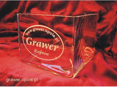 Grawer na szklanym wazonie - GRAWER Opole - Dariusz Kopton - kliknij, aby powiększyć