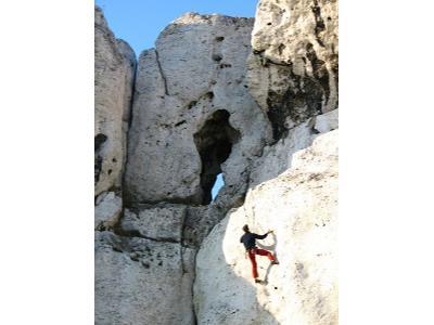 Wspinaczka skałkowa ( skałki w Olsztynie) - kliknij, aby powiększyć