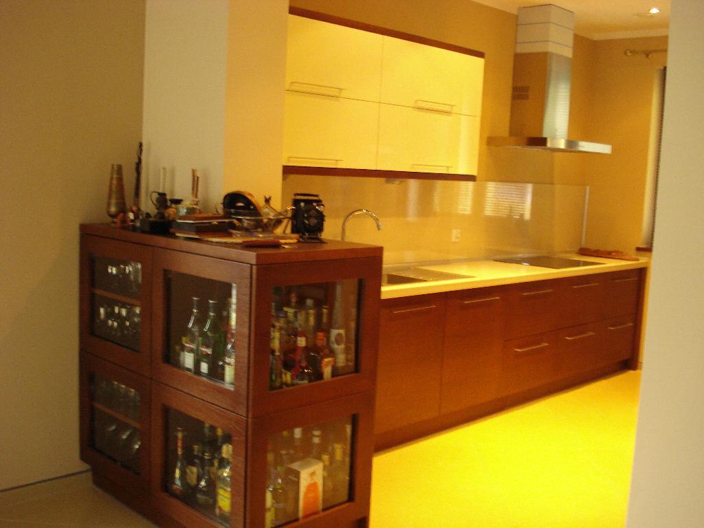 PRODUCENT MEBLI KUCHNIA BIURO SALON SZAFY ŁAZIEN  Galeria   -> Meble Kuchnia Salon