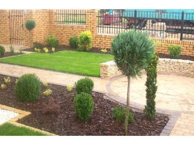 Ogrody, urządzanie ogrodów, brukarstwo, układanie kostki