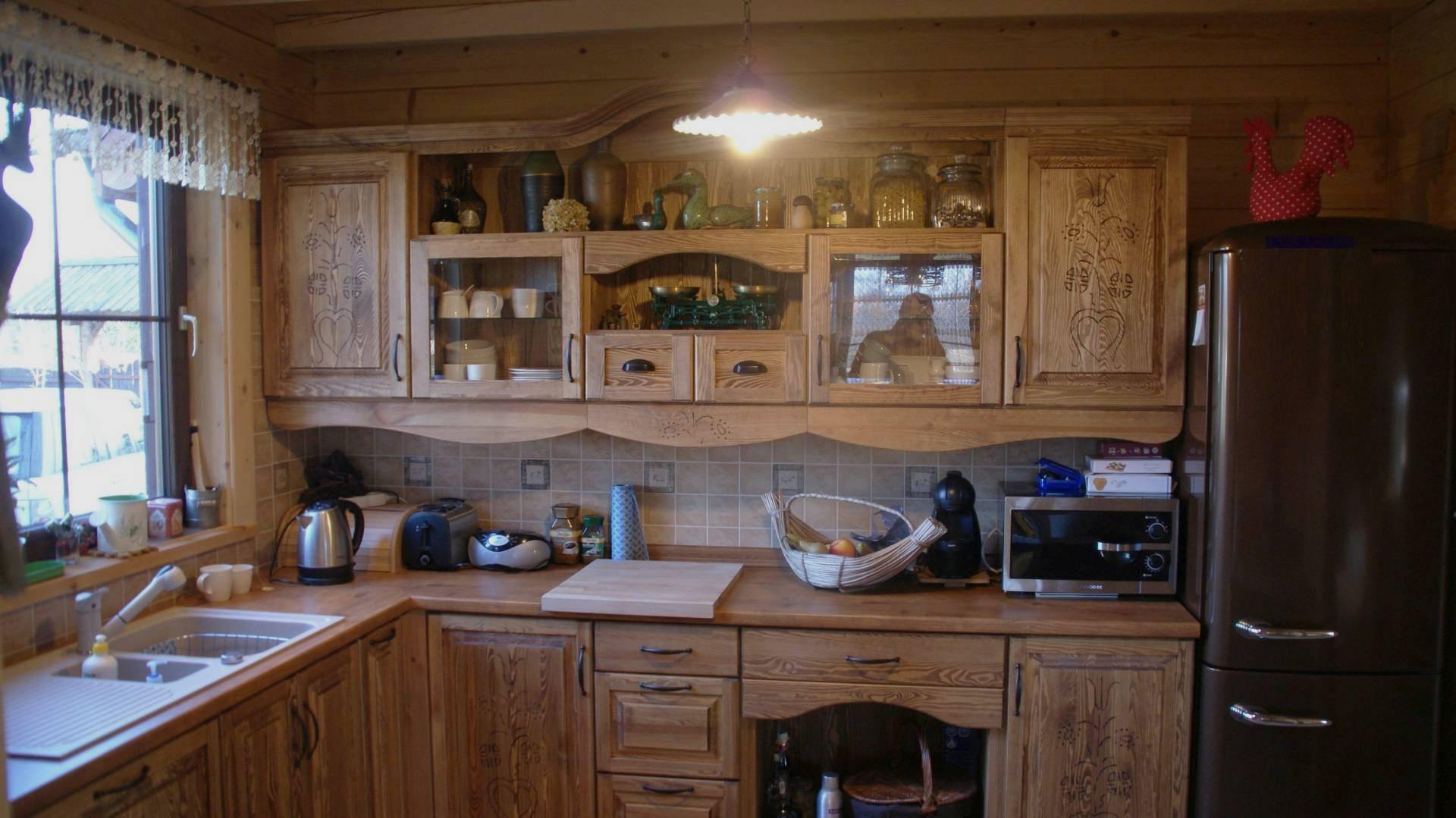 Rustykalna komoda, meble drewniane, biblioteka drewniana, kuchnia  Galeria  -> Kuchnie Rustykalne Bialystok