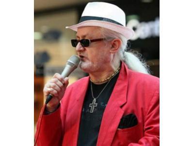 Śpiewający D-j, wodzirej, wokalista - Krzysztof KIS