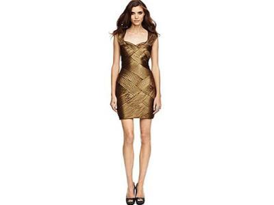 Jak dopasować dodatki do sukienki