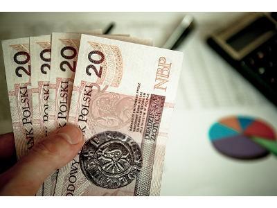 Jak i dlaczego oszczędzają Polacy?