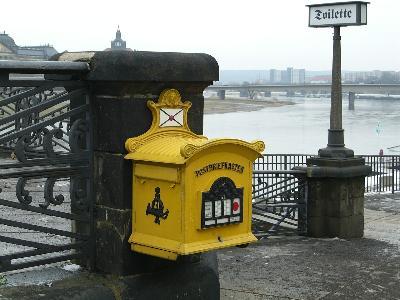 Jak wysłać paczkę za granicę?
