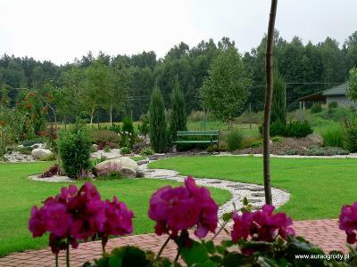 Projektowanie ogrodów, ogrody Garwolin, wrzosowisko, pagórki - kliknij, aby powiększyć
