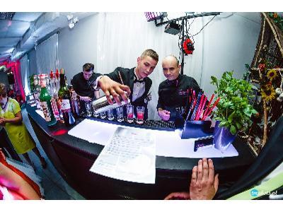 Barman / Mobilny Drink Bar / Wesele /  Mobilny Bar Imprezy Firmowe