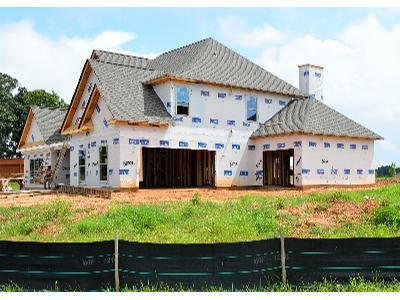 Budowa domów pod klucz - od fundamentów pod wykończeniówkę