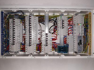 Elektryk - instalacje elektryczne. Domofony, anteny tv/sat, alarmy