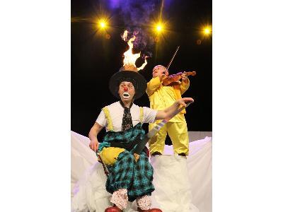klaun-tomi warsztaty cyrkowe, pokazy iluzji, spektakle klaunada