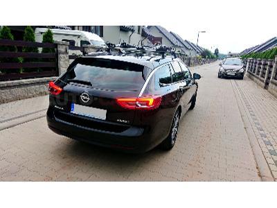 Opel Insignia z uchwytami Thule 598 www.auto-carrier.pl - kliknij, aby powiększyć