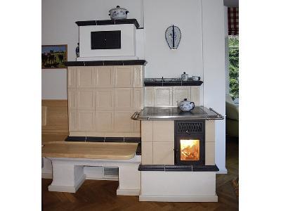kuchnia kaflowa z widokiem ognia - kliknij, aby powiększyć