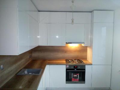 Z jakich materiałów i podzespołów wykonać meble kuchenne?
