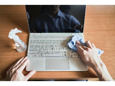 Jak wyczyścić klawiaturę komputera? 5 skutecznych sposobów
