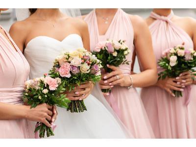 Ślubny dress code, czyli czego nie zakładać na wesele?