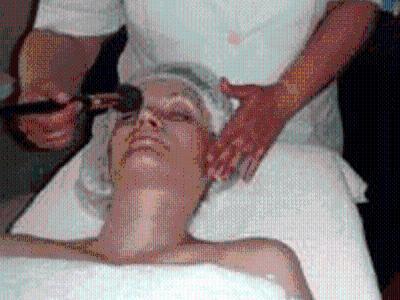 masaż twarzy pędzelkami - kliknij, aby powiększyć