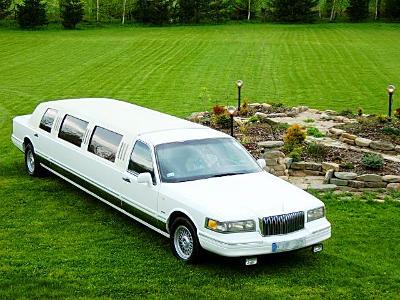 Lincoln Town Car - kliknij, aby powiększyć