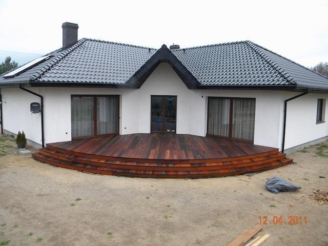 DREWNIANY TARAS - Galeria: zdjęcie 4 z 10 (taras z drewna itauba) - Favore.pl