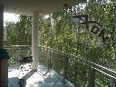 siatka dla kota na dużych balkonach