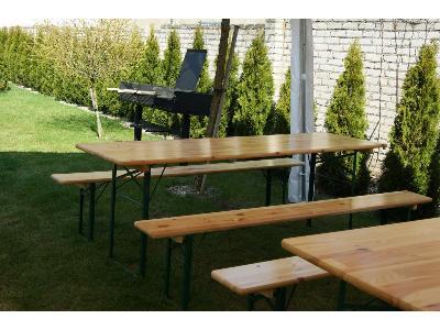 wynajem ław na przyjęcie w ogrodzie - kliknij, aby powiększyć