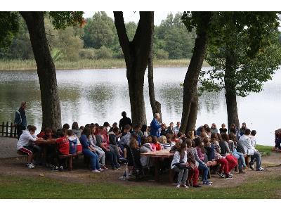 Edukacja młodzieży z ekologii jeziora - kliknij, aby powiększyć