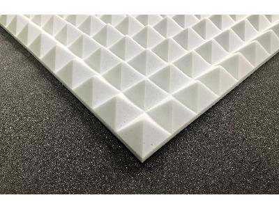 Piramidka akustyczna Basotect 4 cm - Panele akustyczne piramidki